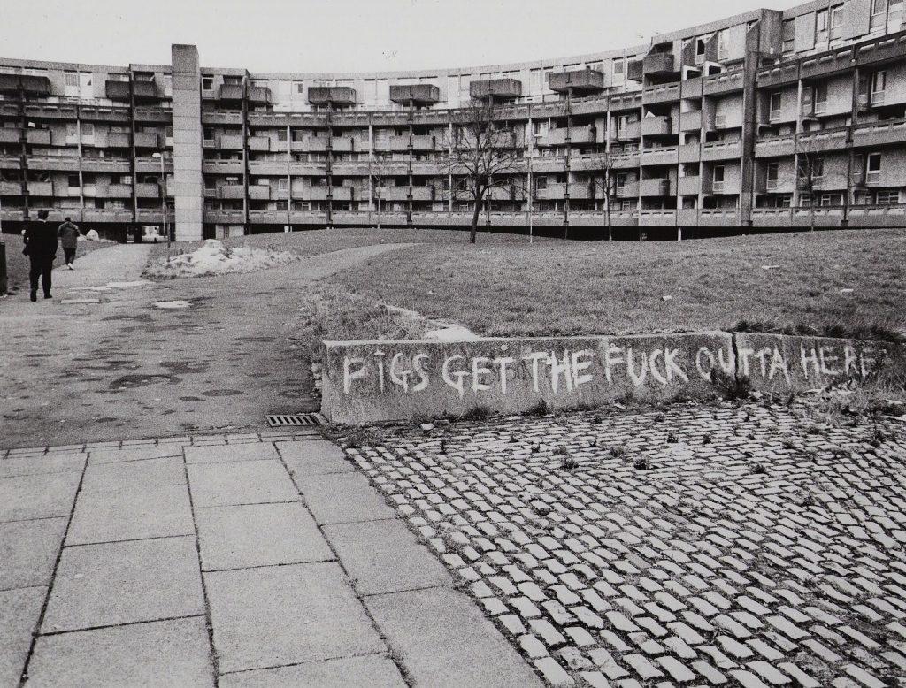 Hulme, Manchester c.late 80s. Photo © Richard Davis.